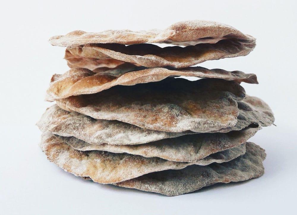 Crackers aux algues et aux graines